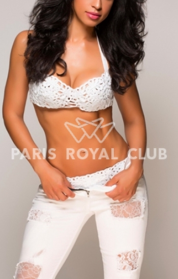 Paris Brunette Escort, paris escort, elite paris escorts, vip escort paris, high-class paris escort, escort girls paris