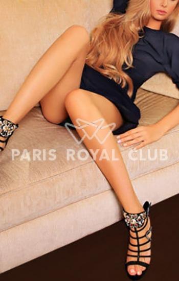 Paris student escort Angelina, luxury Parisian model companion