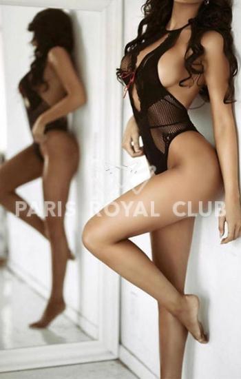 Upscale Paris escorts lady Dana, luxury supermodel companion